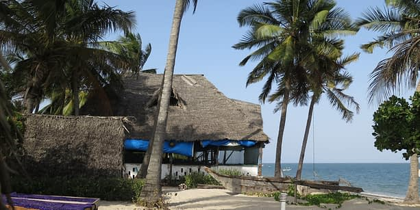 Drifters Lodge Ushongo Bay